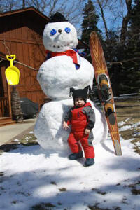 April 17th A snowman was the entertainment. Photo by Gary & Sandy Ostbye